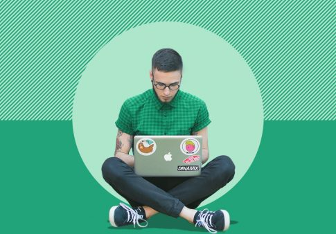 Image to accompany article on early college application deadlines and how. to save money applying